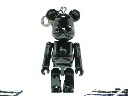 BE@RBRICK Birthday NOIR BLACK CHROME 70%