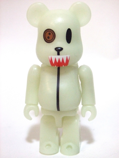 BE@RBRICK SERIES 15 裏ANIMAL BUSTER君 蓄光